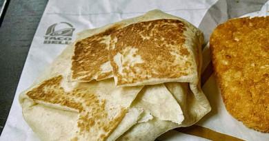 Taco Bell AM Crunch Wrap