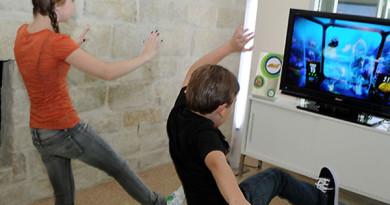 Playing Kinect